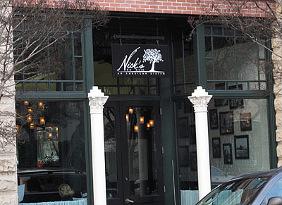 nicks-on-main
